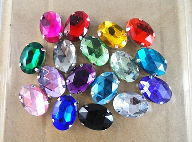 Preset Acrylic Rhinestone in Sew on claw Pointed back rhinestone