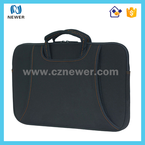 Fashion style wholesale qualited-assured 17 inch neoprene laptop sleeve with handle