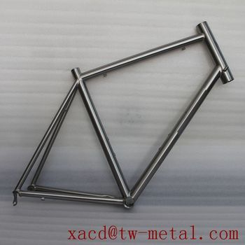 Custom titanium road bicycle frame with replaceable dropouts XACD made titan bicycle frame OEM ti racking bike frame