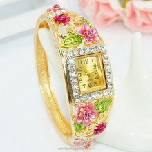 B034 Rectangle Gold Bangle Quartz High Quality OEM Woman Watch Fashion