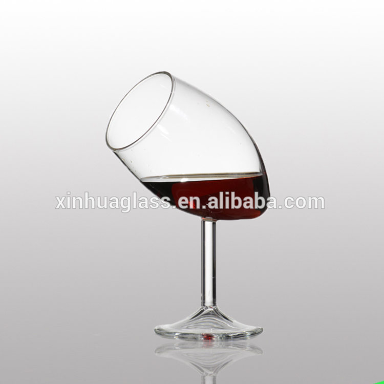 Fine design goblet glass cup for whiskey and wine