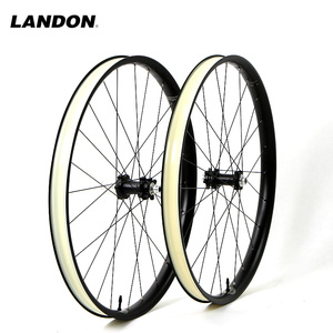 2017 chinese cheap 38mm carbon road bike wheels 700C clincher