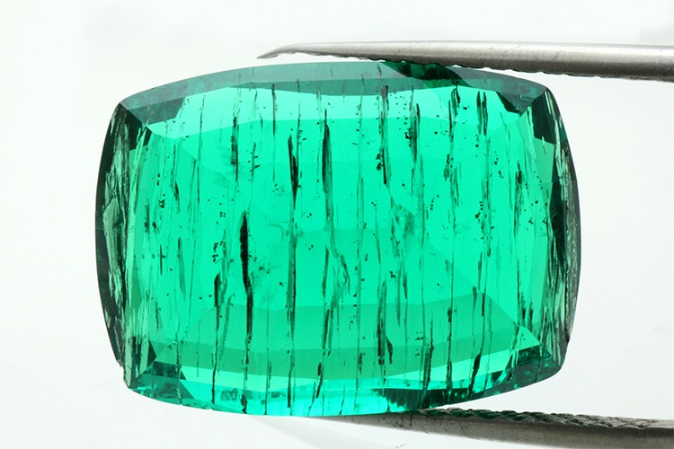 Round Shape Synthetic Inclusion Emerald Colombian Stone