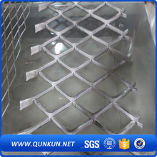 Decorative diamond expanded metal lath fence