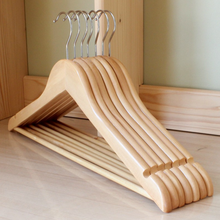 Professional extra large wooden hangers with maple wood for hotel usage