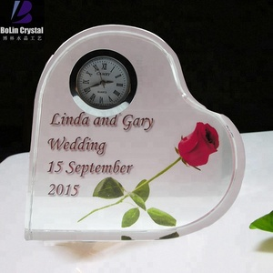 Customized heart shaped crystal clock wedding gift with color image