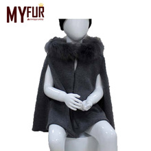 Unique latest design wholesale shawl for kids high quality cashmere baby cloak with real raccoon fur trim
