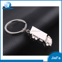 Wholesale high quality promotional souvenir zinc alloy custom shape 3D metal truck keychain