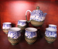 [] Dazu District National handicraft Populus intangible cultural heritage bamboo teapot painting.