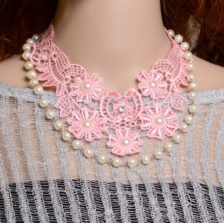 Luxury Statement Pink Flower Lace Chunky Necklaces Pearl Bib Collar Choker Necklace For Lady