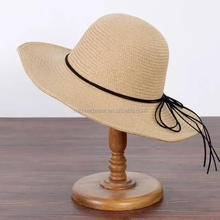 2017 high quality brown and white color straw hat with ribbon for woman