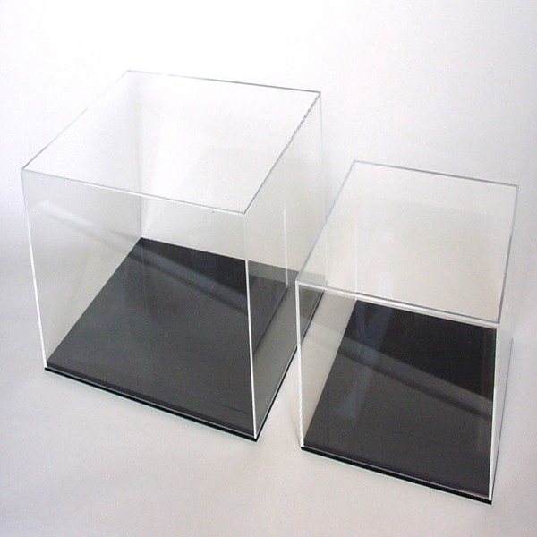 Wholesale customized clear acrylic model display box