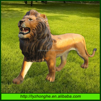 Outdoor Life-size Fiberglass Lion Animal Sculpture
