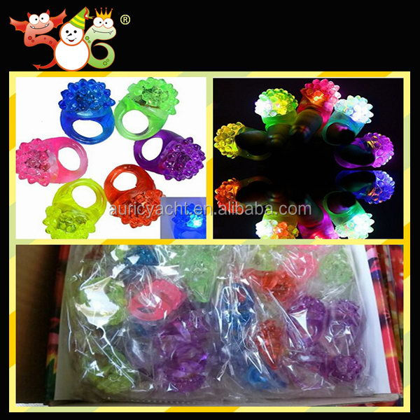 Most popular creative top sell flashing toy promotion ring by tap