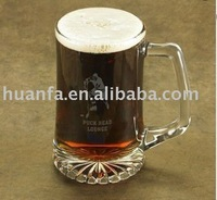 Pilsener drinking glass cup with handle