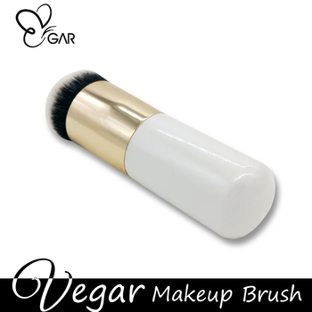 Lovely Pearl White Blush Makeup Brush