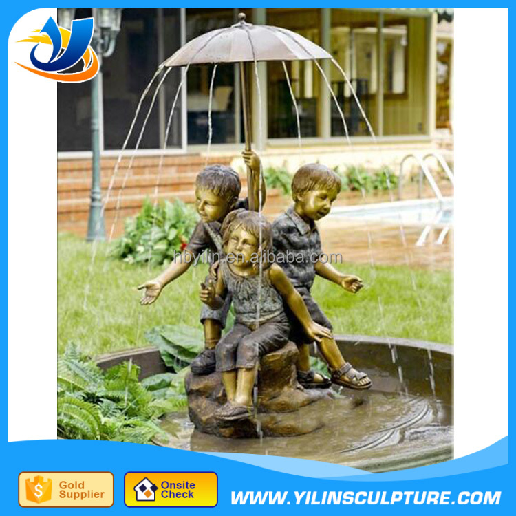 Antique bronze boy and girl with umbrella fountain statue for garden