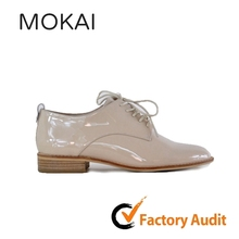New model shoes lady shoes 2017 flat patent high quality leather shoes