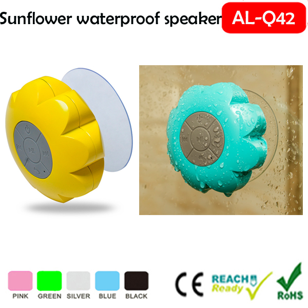 Swimming Pool Portable Water Floating Wireless Stereo motorcycle audio speakers special transfer bluetooth speaker with 500mAh