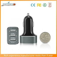 Charging Apple And Android Devices 5.1A 3-Port USb Car Charger