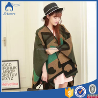 Wholesale New Autumn Winter Jacquard Woven women scarves and stoles Shawl with pattern