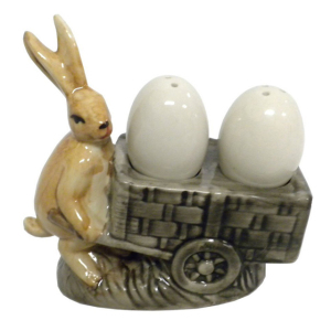Rabbit with Egg Ceramic salt&pepper shaker Vintage Kitchen Decor