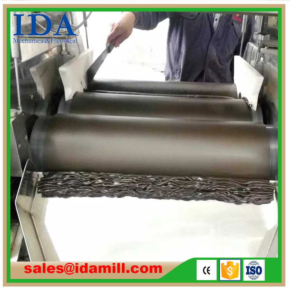 Favorable price new design 0.75 KW 65 mm Roller high-quality chocolate three roll mill