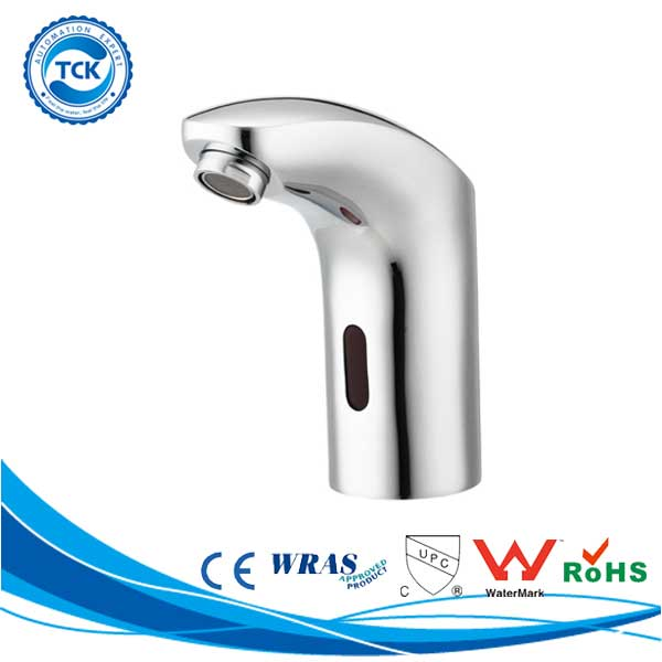 Hot sale to Italian bathroom tub accessory brass bath shower faucets