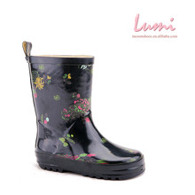 High Quality Black Shiny Flower Printed Rain Boots Non-slip Rubber Garden Shoe Covers
