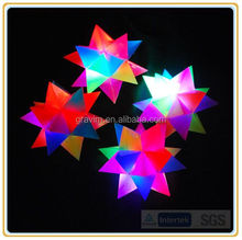 2017 New Colorful Flashing TPR Bouncing Water Chestnut/ Shooting Star Balls With 20 Angles