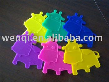 Multifunction animal rubber cup mat