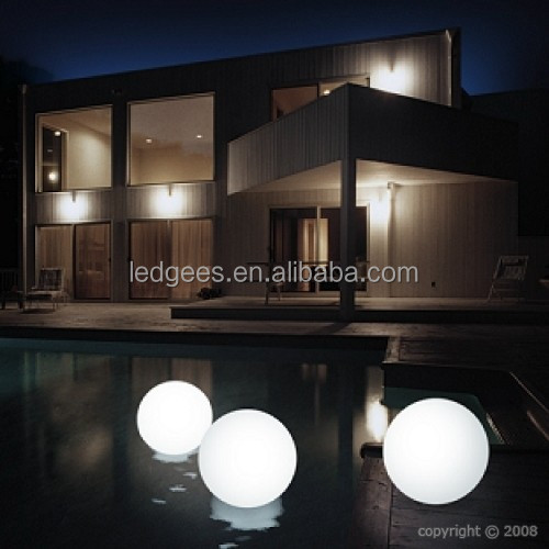 cool beach light up ball/plastic commercial furniture balls