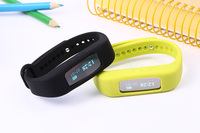 Best Bluetooth Bracelet for Android smartphone, Sport Health Silicone Fashion Wristband Smart Wristband