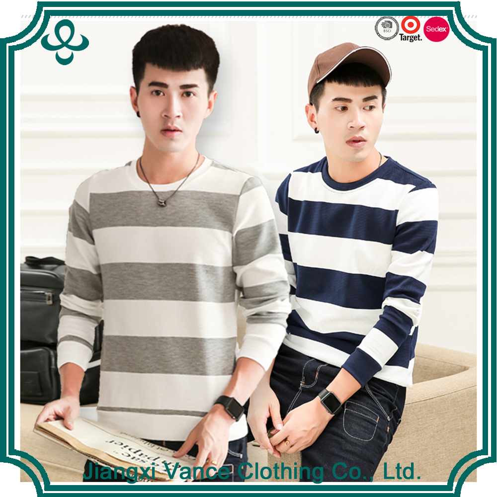 Fashionable keep warm long sleeve o neck blue and white winter stripe printed t shirt for man