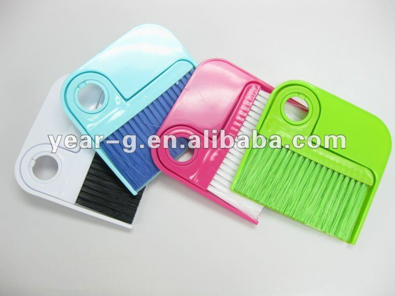 plastic table brush