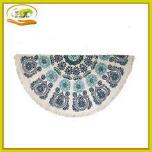 Fashion Ocean Blues Mandalas Round Beach Towel