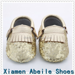 2016 New lace designs girls summer sandals gold bow Leather baby shoes Toddler baby moccasins wholesale