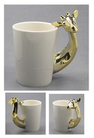 Giraffe ceramic mug with electroplate gold finish