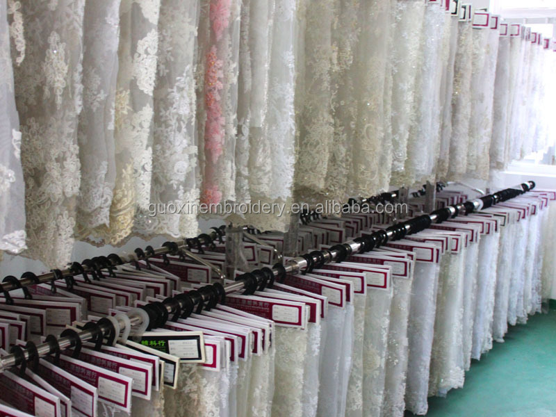 New arrival item 150122 3D beaded lace fabric good quality mesh lace fabric with applique for wedding