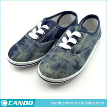 Korea Product Pvc Injection Sole Canvas Shoes With Little Bear Design