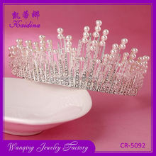 Factory supply portable half round pearl bridal pageant crown wedding tiara