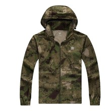 Hot Sale Men Outdoor Military Jacket Hunting Clothing for Autumn Wholesale Jacket