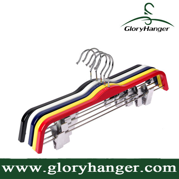 Practical Fashion Colors Plastic Suit Hanger with Chrome Pant Clips
