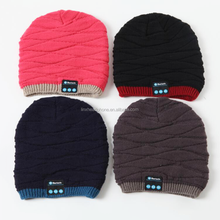 Top class quality knitted cup wireless beanie hat headphone