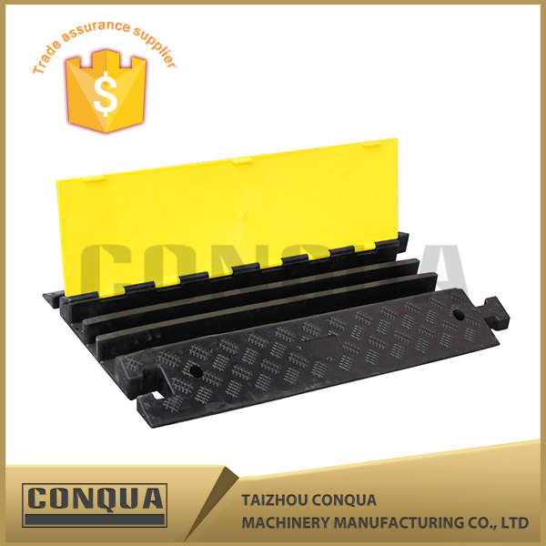 3 Channel Wire Cover/Mini road speed bump/900MM 5 channels Cable Cover