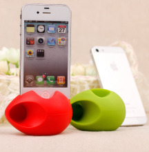 2016 Best Christmas gift cheap mini speaker egg shaped silicone speaker for iPhone 5/5S