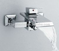 Wall Mounted Waterfall Bath Shower Mixer Taps (QH0502-1W)