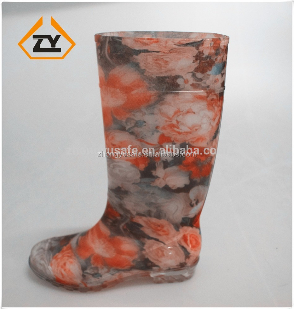 2016 Latest design rubber shoes, nice printing natural gumboot, ladies footwear with pictures