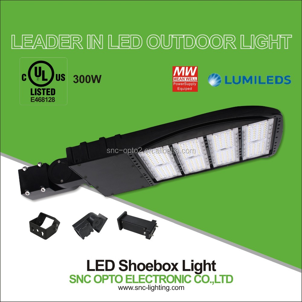 UL DLC Listed 300W led pole light can be with slip fitter as well as trunion mounted