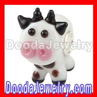 CLAUDIA The Cow lampwork Animal Shaped Glass Beads SG1735